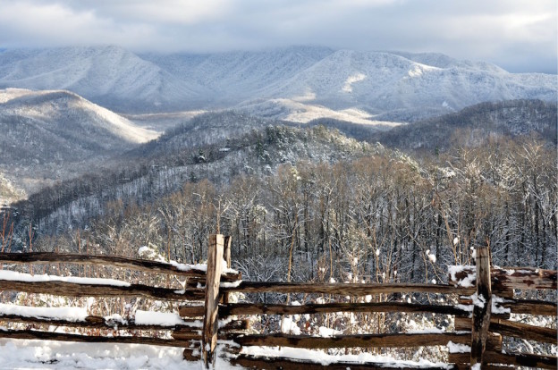 5 Tips For A Snowy Day At Our Smoky Mountain Vacation