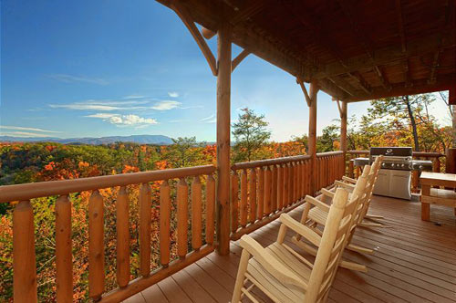 7 Incredible Cabins With Mountain Views In Pigeon Forge