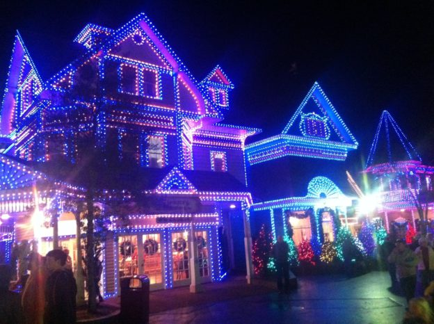 Smoky Mountain Christmas at Dollywood in Pigeon Forge Tn