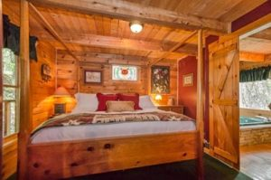 Bedroom in a Pigeon Forge cabin