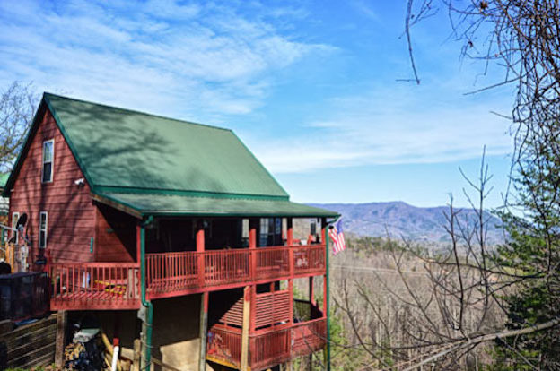 Reasons to Stay in Our 3 Bedroom Cabins