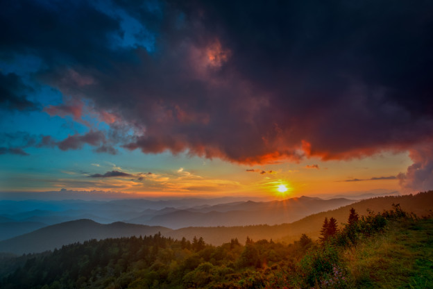 5 Great Reasons To Vacation In Smoky Mountain Cabin